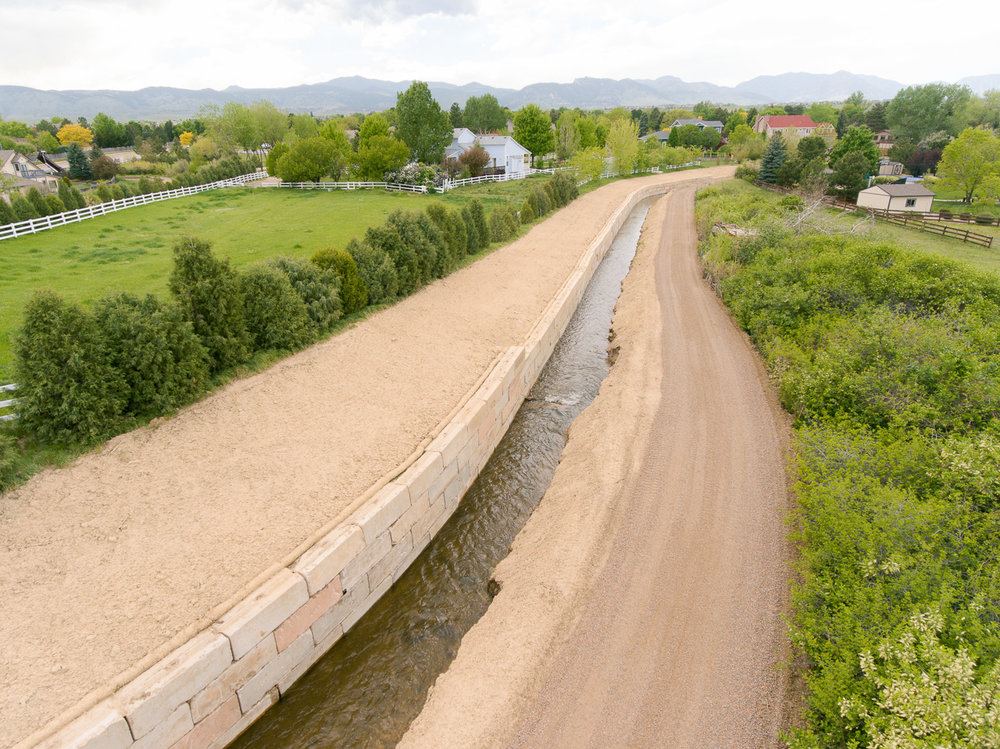 Civil Construction - JL Melton Construction has a qualified team and equipment on hand to provide earth moving, retaining wall, drainage construction, parking lot renovation and foundation repair services for projects of all sizes.