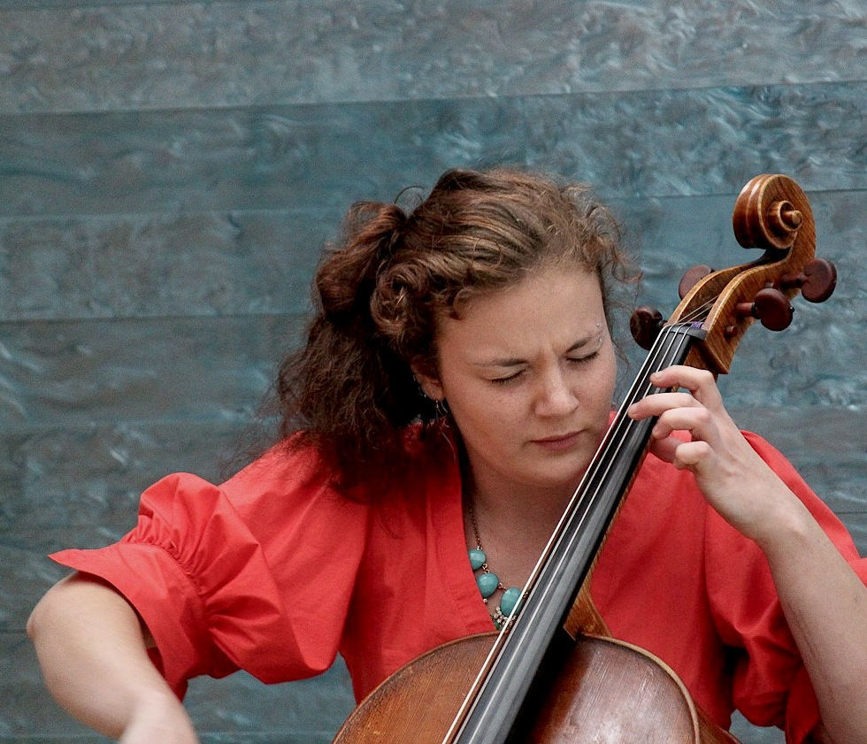 JILLIAN BLOOM (CELLO)