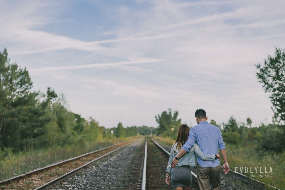 Lifestyle Photography Couple Portrait | Cedar Trail Toronto | Pat & Andy (7 of 11).jpg