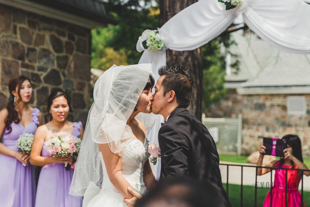 photojournalism wedding photographers