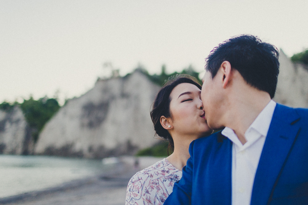 Kisses in Engagement Photos