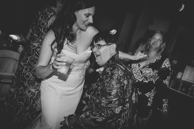 toronto's best documentary wedding photographers