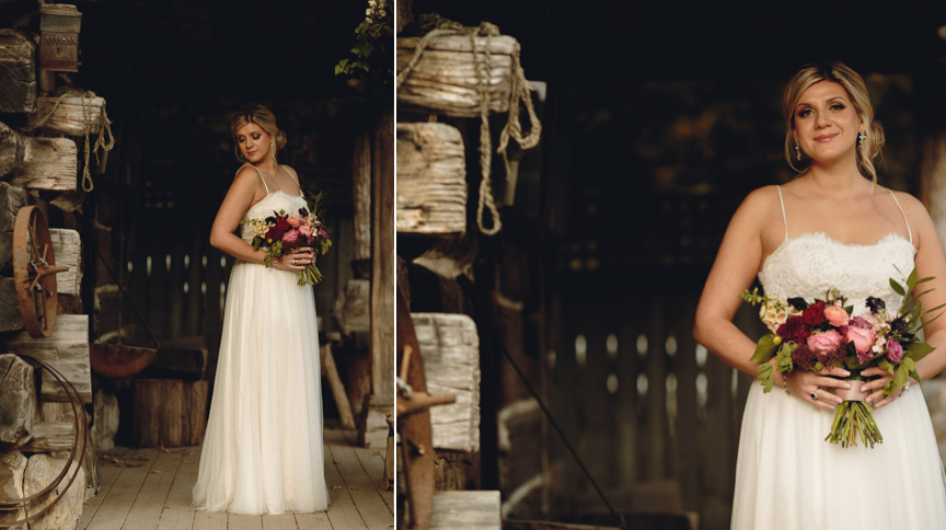 kleinburg railway station bridal photos