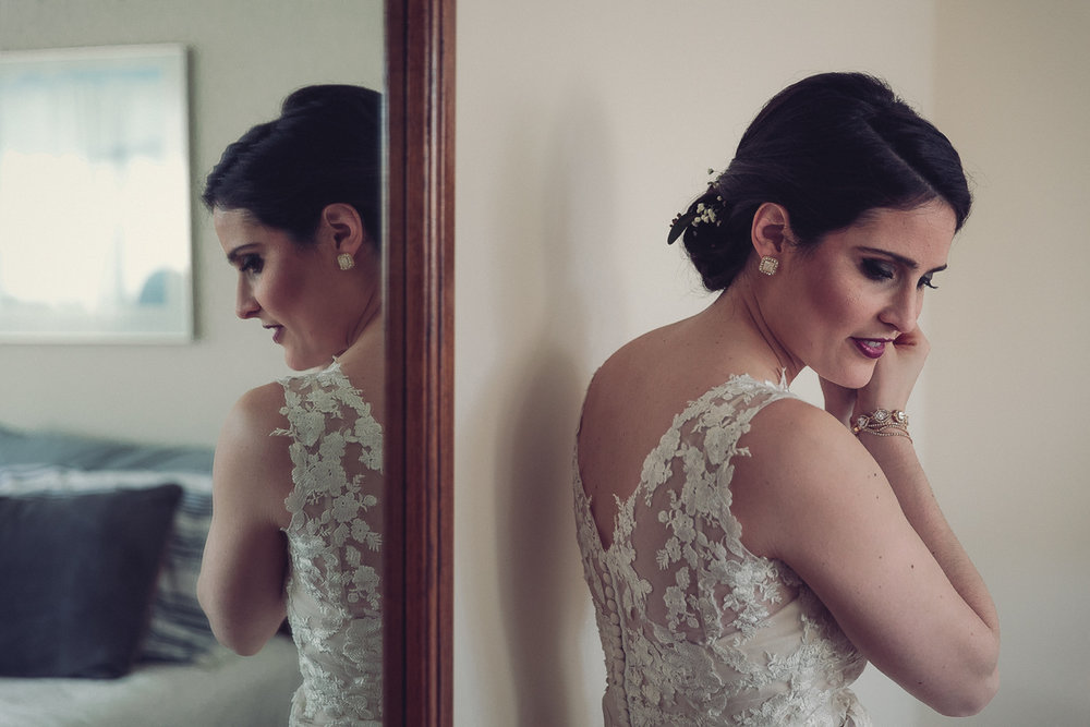 candid wedding photographer - bride's getting ready