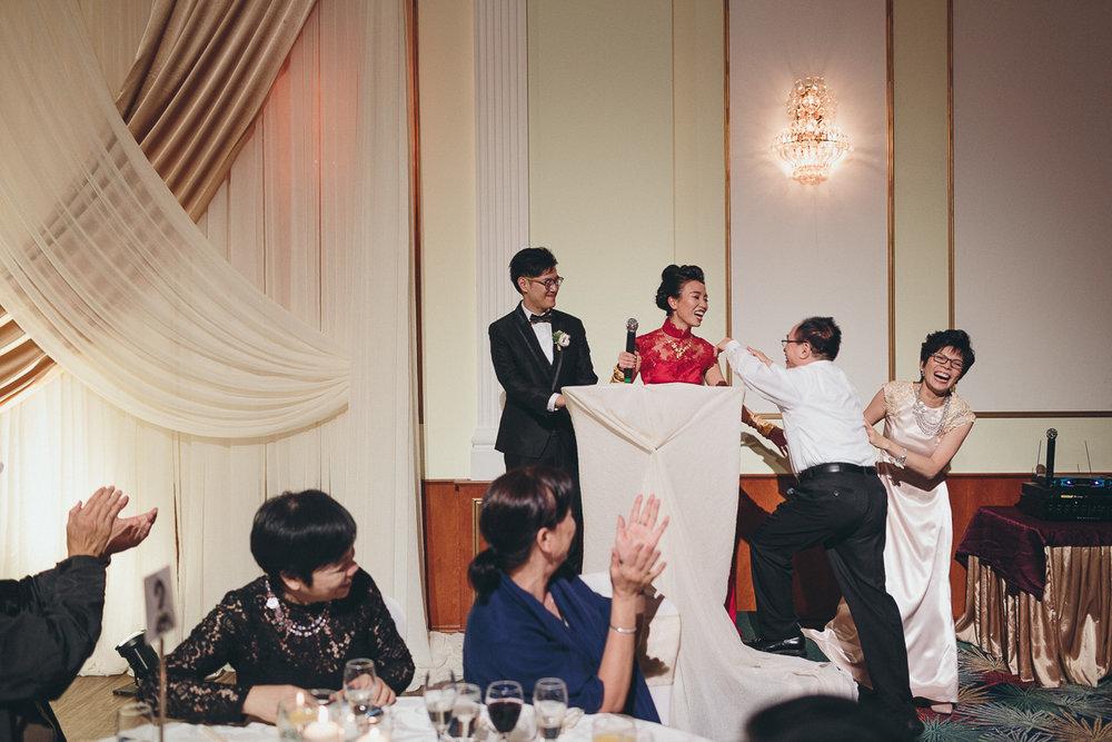 Chinese wedding photos by Markham wedding photographer