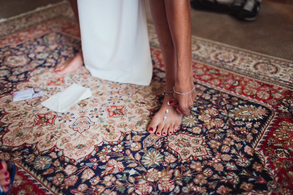 intimate backyard wedding photography by toronto wedding photographer evolylla photography 0017.jpg