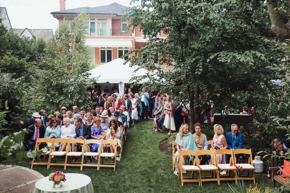 intimate backyard wedding photography by toronto wedding photographer evolylla photography 0026.jpg