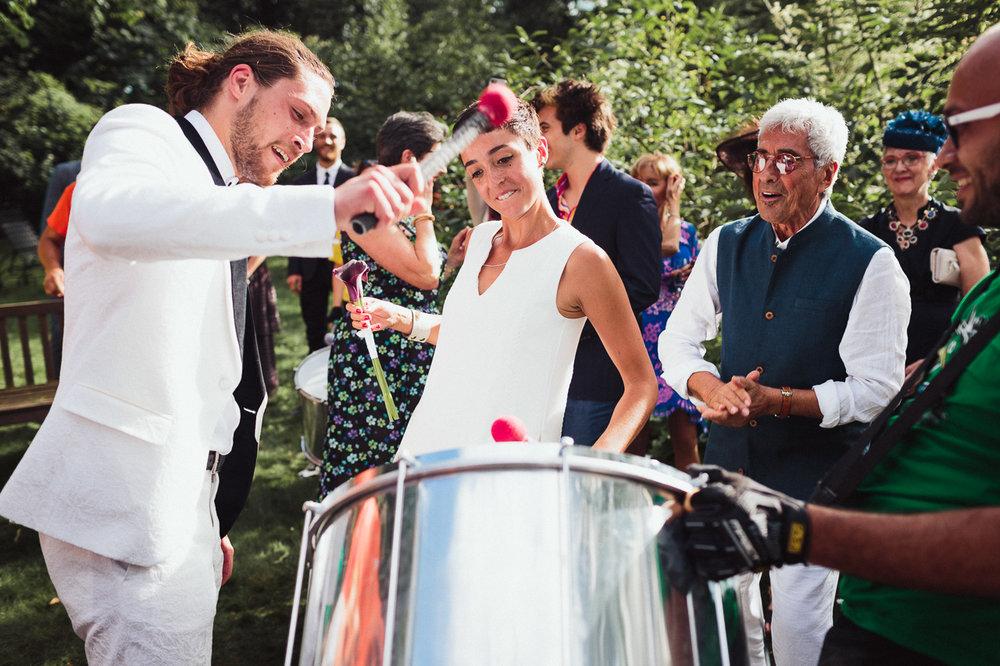 intimate backyard wedding photography by toronto wedding photographer evolylla photography 0051.jpg