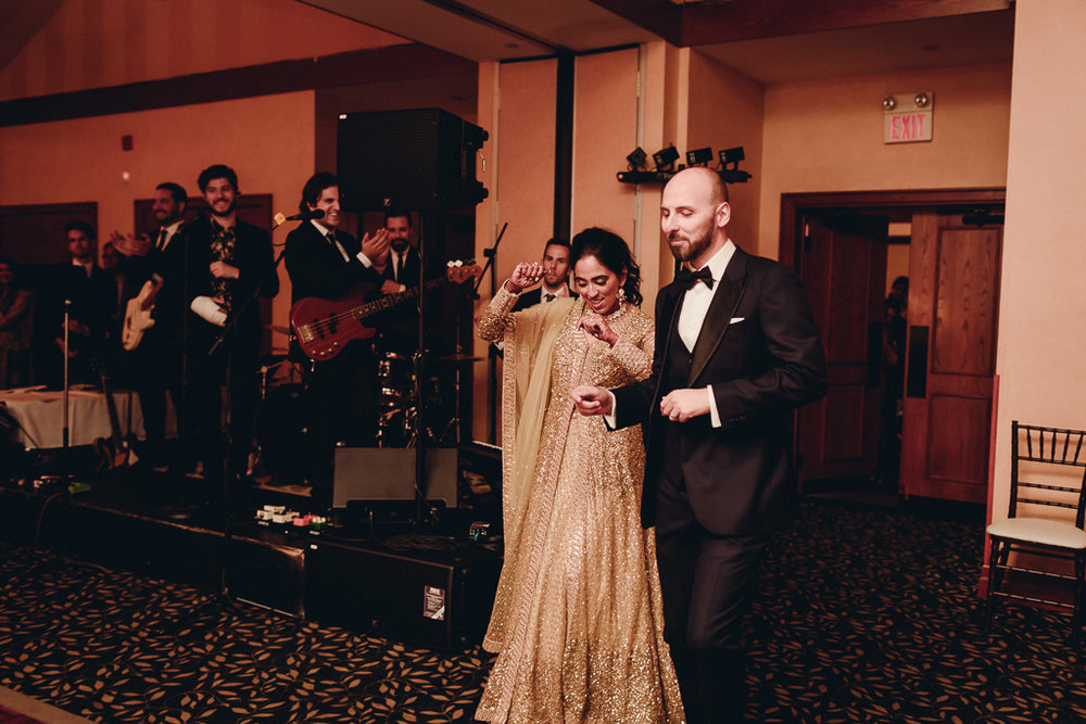 Toronto Indian Wedding by Toronto Wedding Photographer Evolylla Photography 0055.jpg