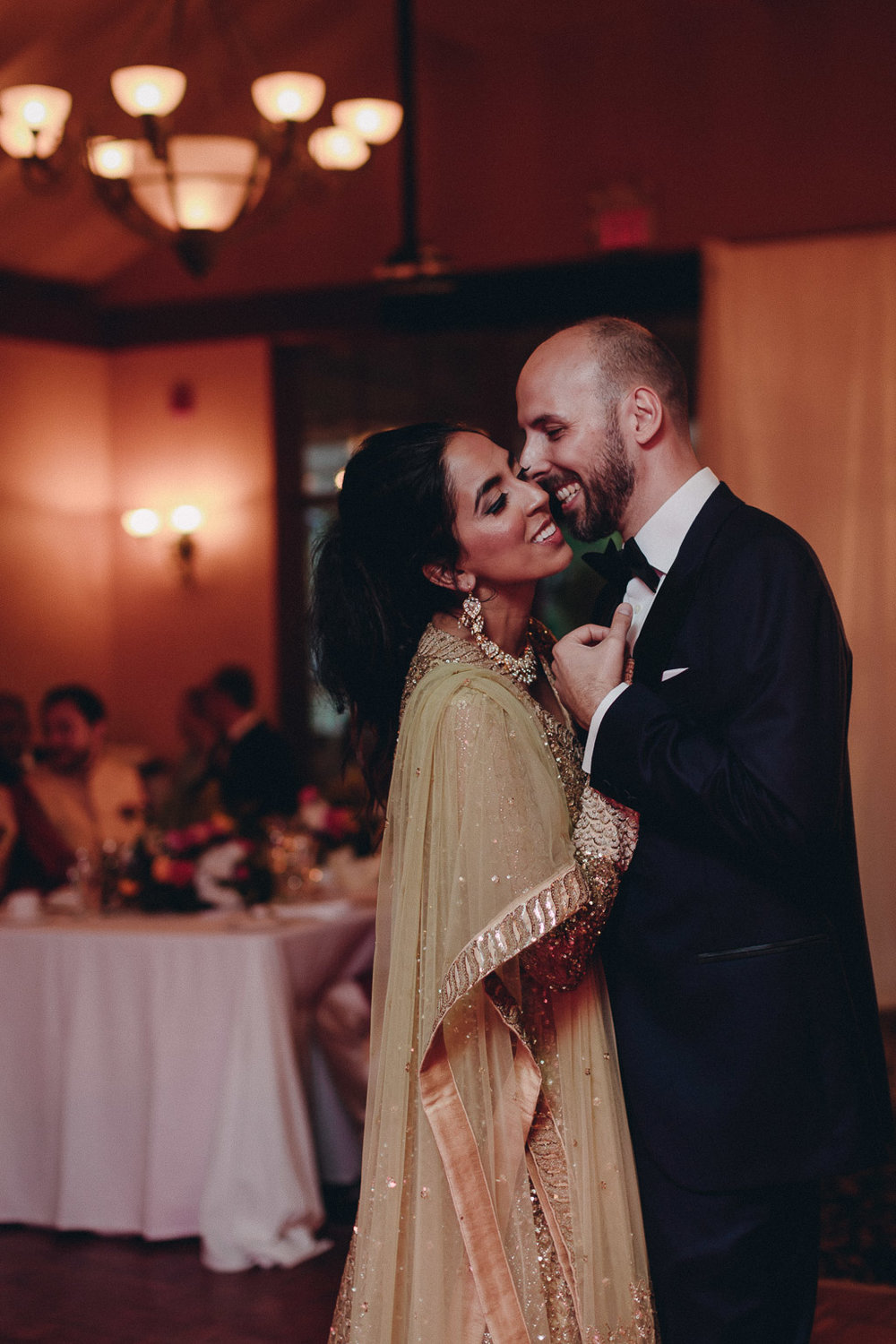 Toronto Indian Wedding by Toronto Wedding Photographer Evolylla Photography 0057.jpg