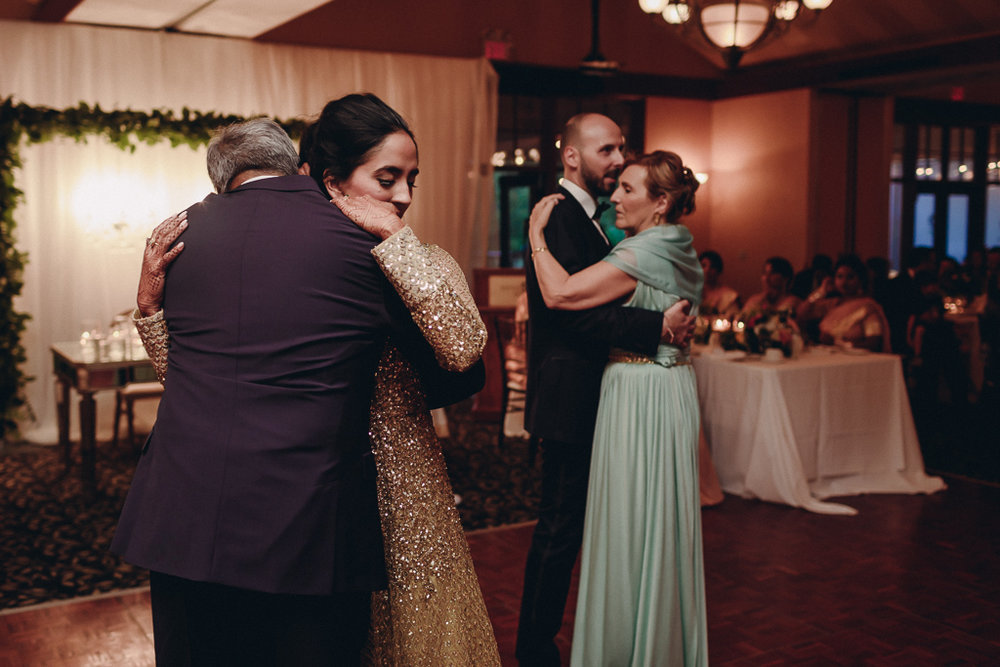 Toronto Indian Wedding by Toronto Wedding Photographer Evolylla Photography 0058.jpg