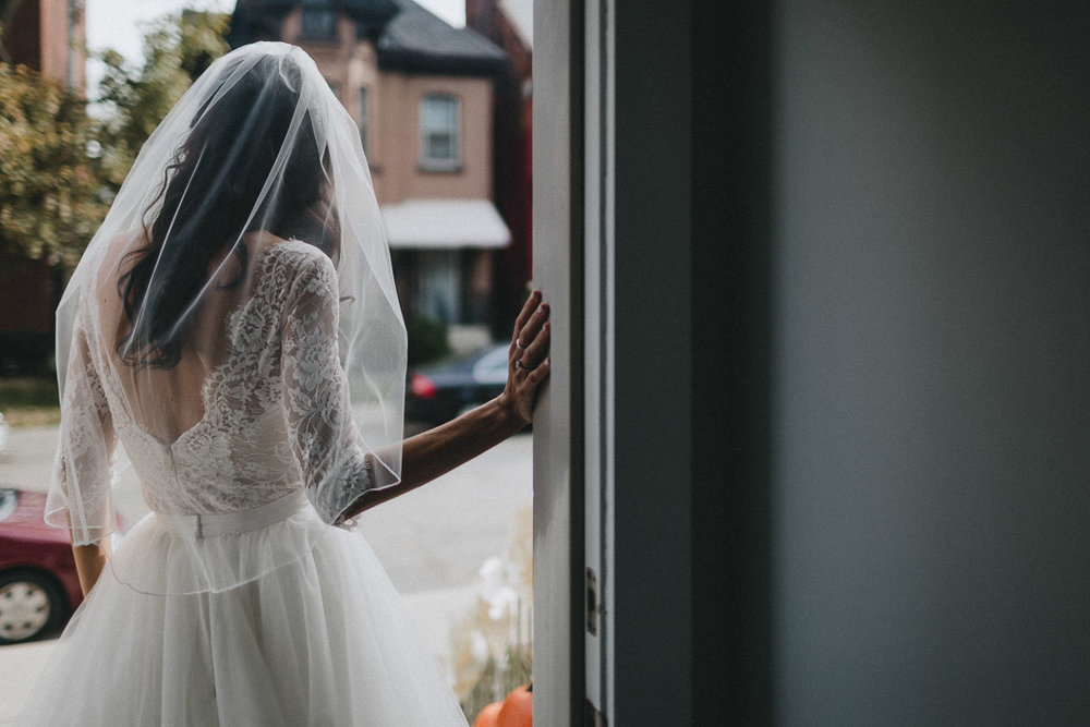 Liuna Station Wedding hamilton wedding photography by toronto wedding photographer evolylla photography 0020.jpg