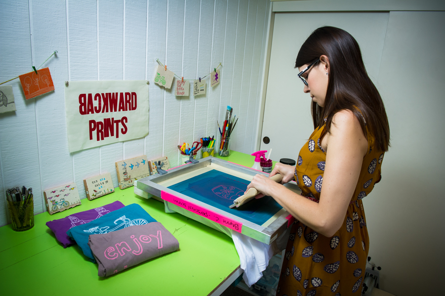 Learn how to screen print