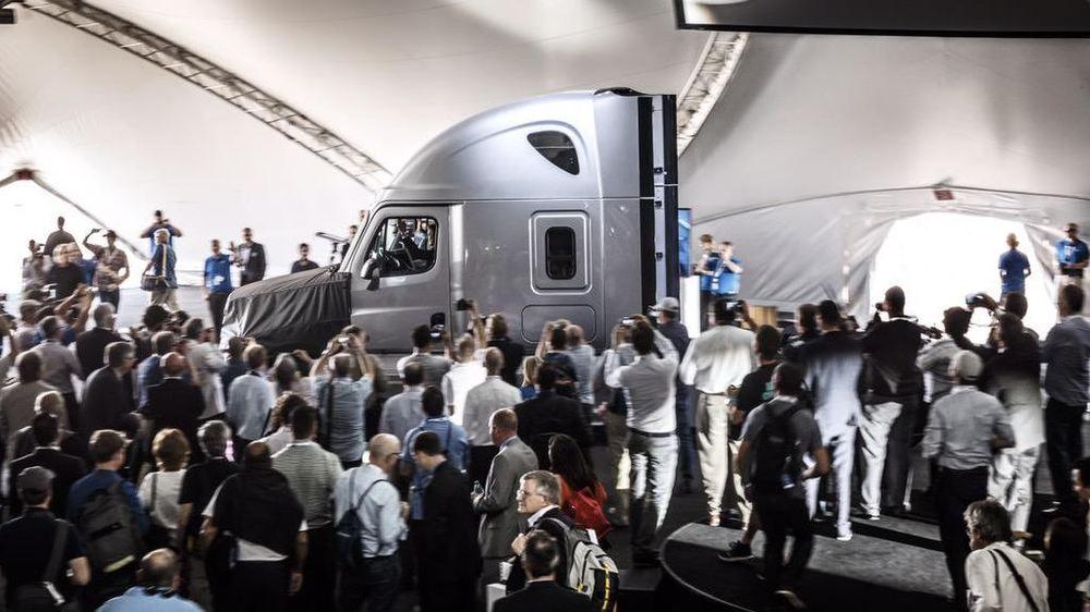 2015-05-06-07_32_25-Daimler-AG-News-@Daimler_News-_-Twitter.jpg