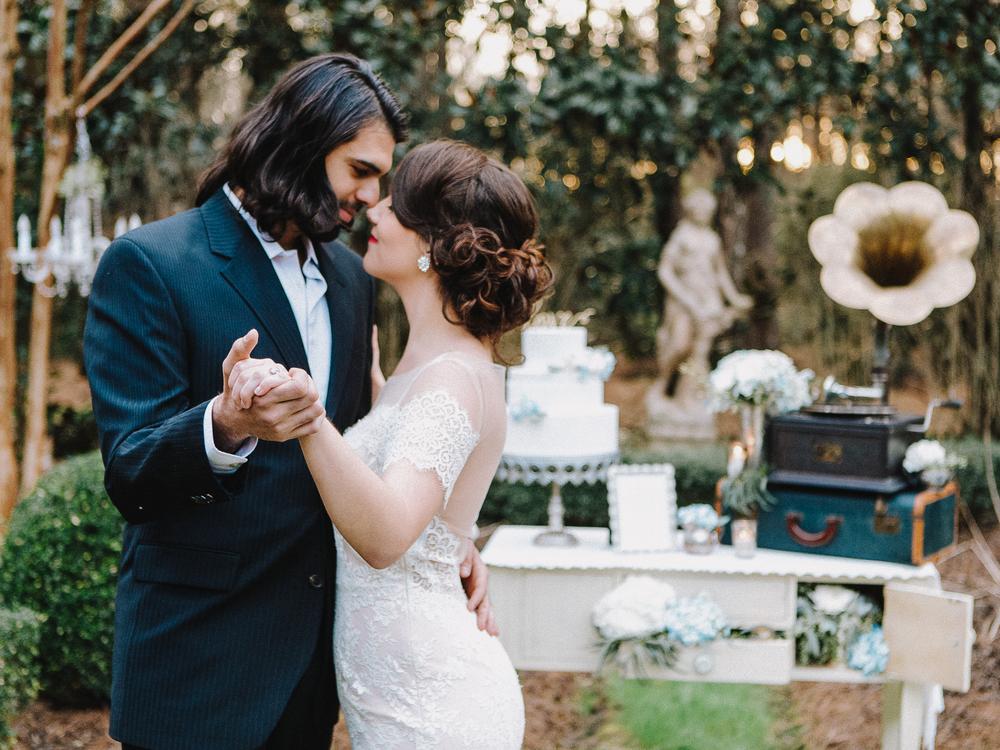 Romantic Edwardian Wedding Editorial // www.kristalajara.com