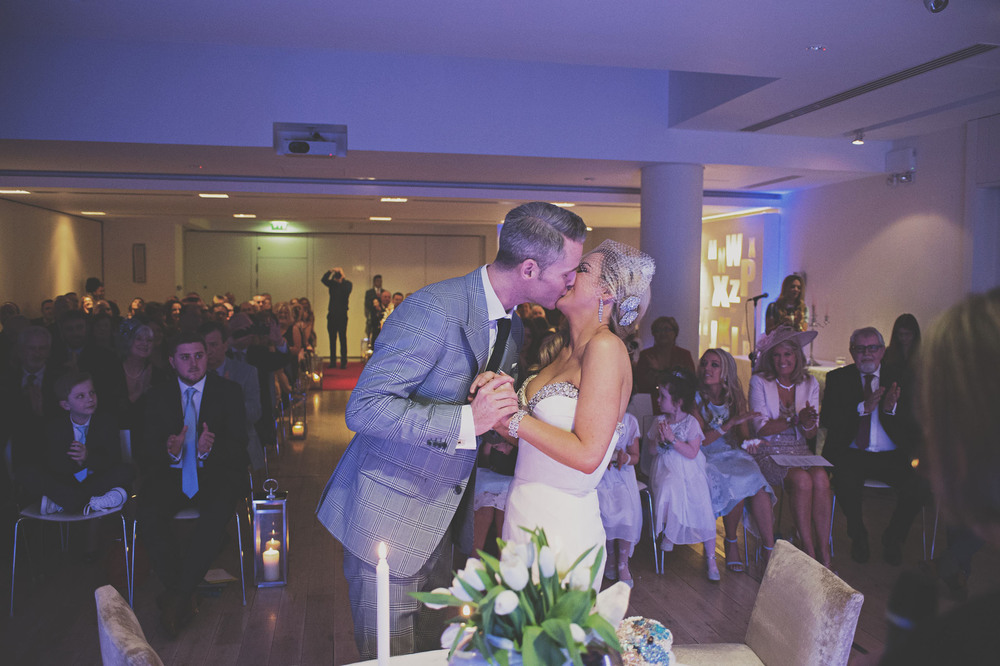 The Kiss at the Morrison Hotel wedding