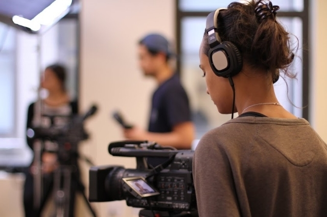 Film, Art, Change: Making Movies to Make a Difference (Ages 16-17)    (July 6 - July 31, 2015) Immerse yourself in the history and practice of committed filmmaking as you master technology and tools through hands-on projects that will be screened in a mini-film festival at The New School.   Register today!