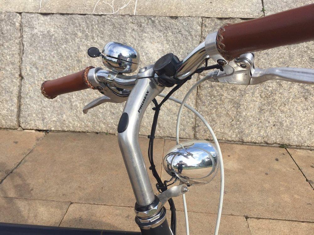 Acessorios Vela Bike Grude e lanterna
