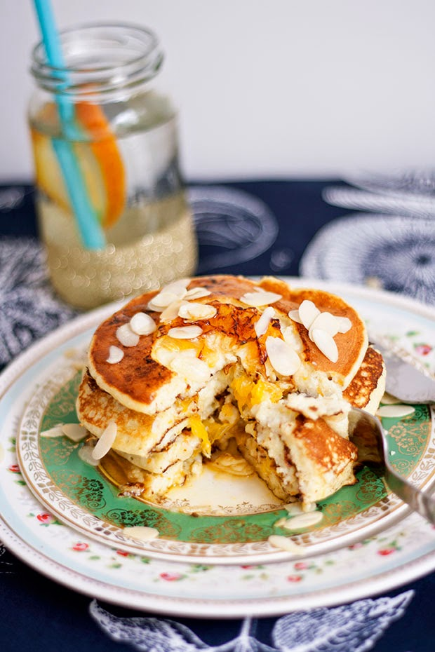 orange+almond+ricotta+pancakes+6.jpg