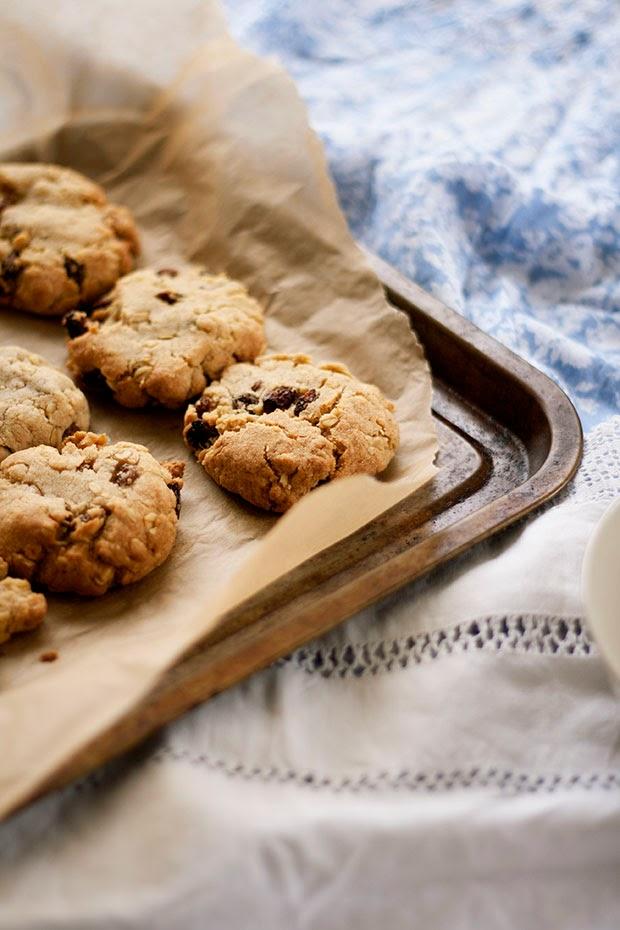 perfect+oatmeal+raisin+cookies+4.jpg
