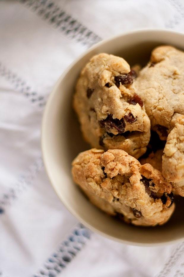 perfect+oatmeal+raisin+cookies+3.jpg