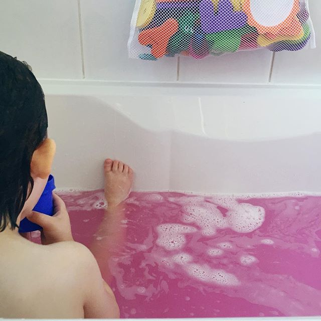 This week has been long and tiring - both for us and the country - so a pink bath was in order.