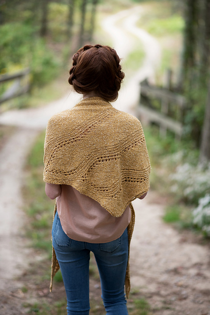 Amber_Waves_Shawl_24192_medium2.jpg