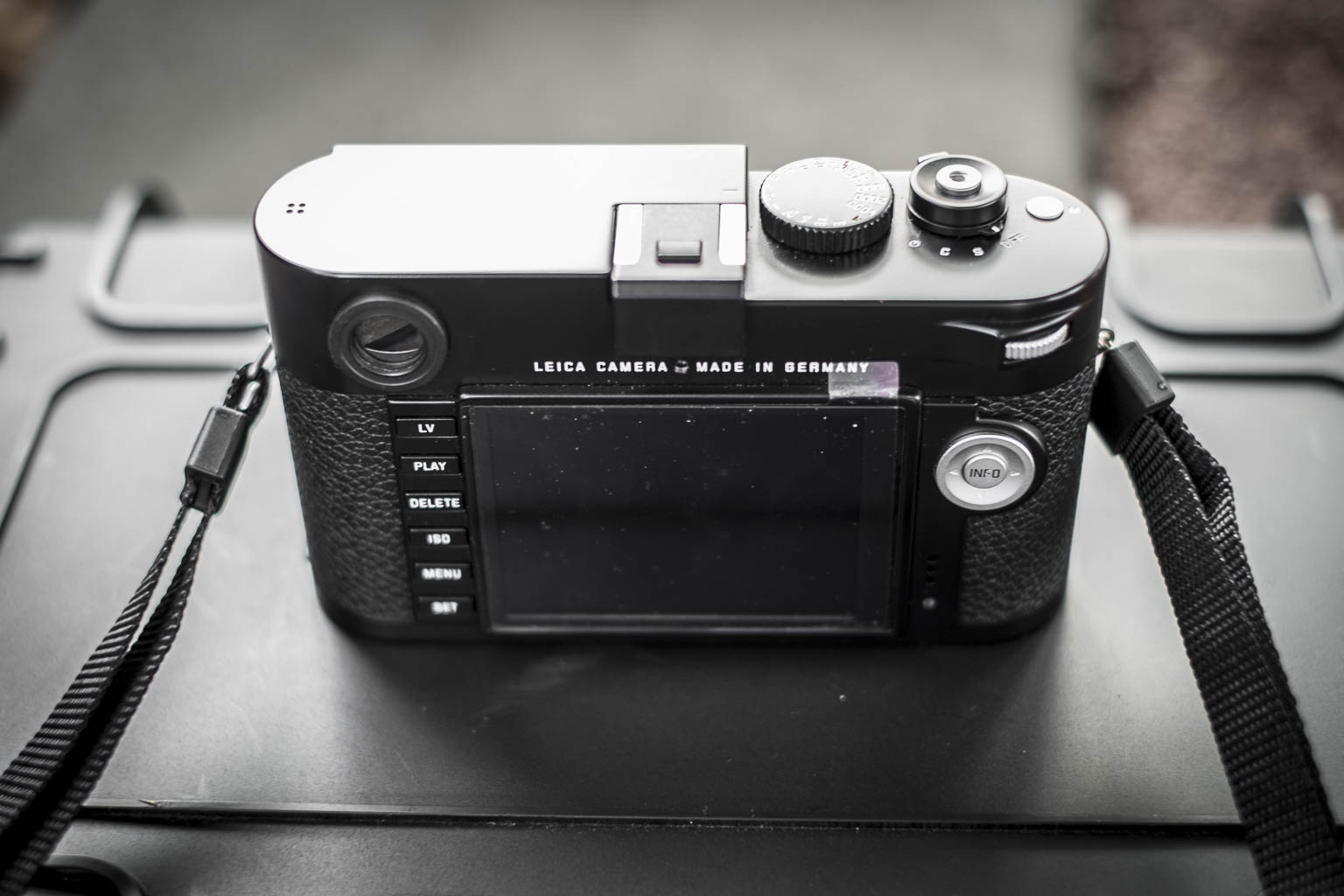 Leica M type 240 Back