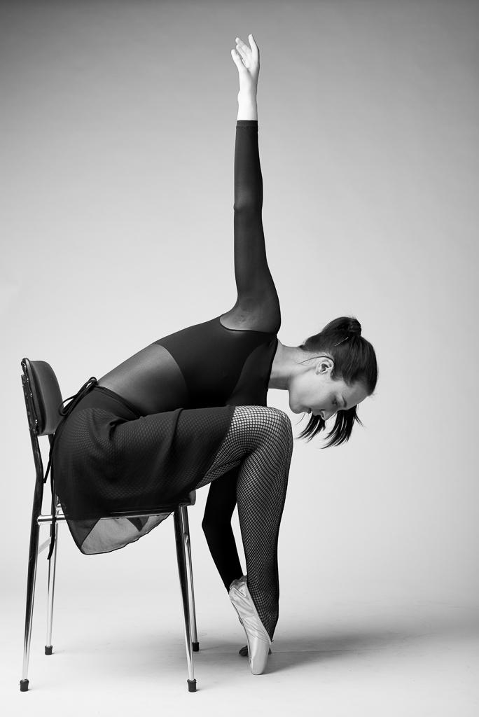 Christmas Ballerina portraitsdec. 13 2014_Nienke_Ballet_Shoot_D600__DSC6062_Edit.jpg
