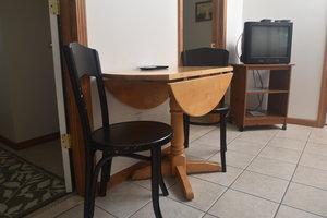 Lucky Horseshoe Cabin #21 - Interior Dining Area.JPG