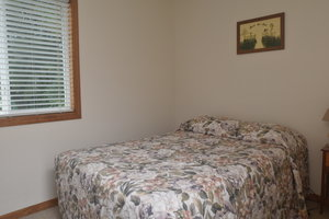 Lucky Horseshoe Cabin #21 - Interior 2nd Bedroom with Full Bed.JPG