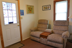 Lucky Horseshoe Cabin #20 - Interior Sitting Area.JPG