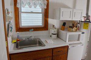 Lucky Horseshoe Cabin #20 - Interior Kitchen.JPG