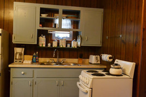 Lucky Horseshoe Cottage #16 - Interior Kitchen.JPG