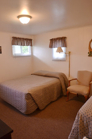 Lucky Horseshoe Room #23 - Interior with Full Size Bed.JPG