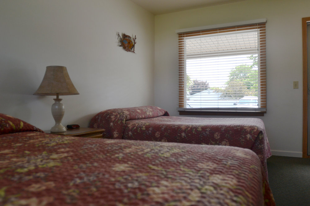Blue Spruce Motel - Room Number 5 - Interior Beds.jpeg