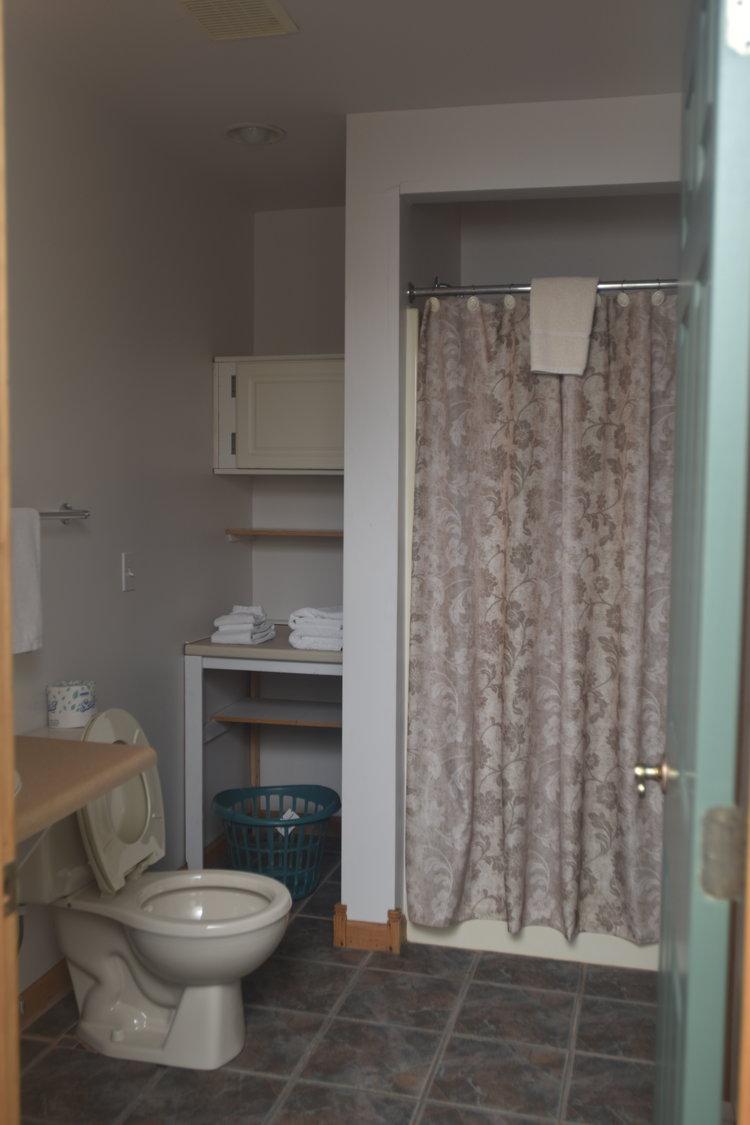 Blue Spruce Motel - Room Number 11 - Interior Bathroom.jpeg