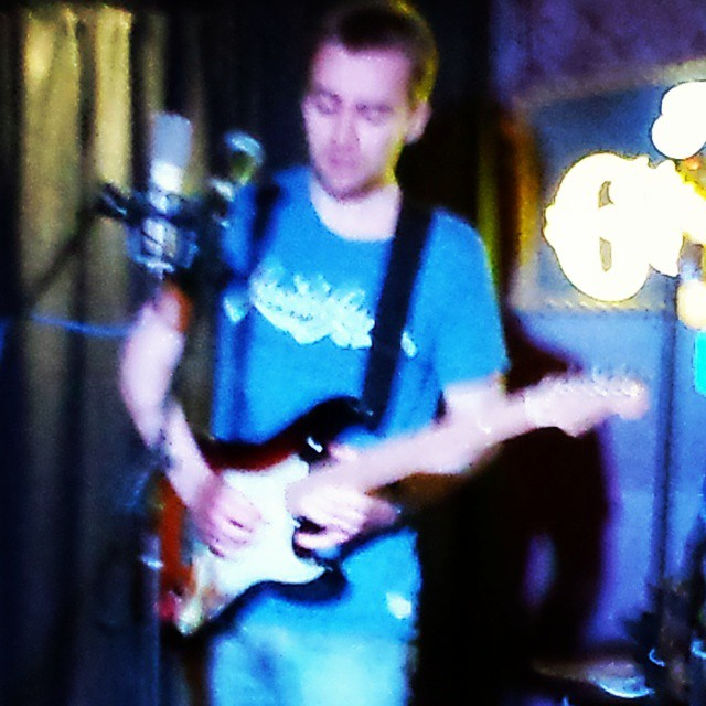 Thanks Golden Lion, had a great gig!  Follow for daily songwriting inspiration!  #bristol #bristolmusic #tobyellis #music #thatfeeling #singer #songwriter #guitar #fender #livemusic