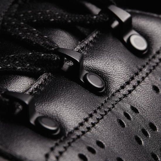 M25097_43_detail.jpg