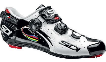 Advance cycle shoe with carbon soles and tightening straps or ratchet type system to help provide a very secure fitting shoe.