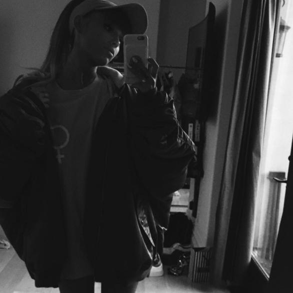 Instagram: @arianagrande