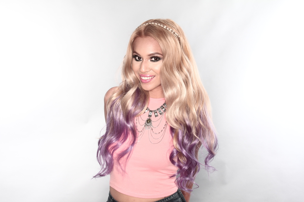 @keybeauty rocking her BELLAMI Dirty Blonde Lavender ombre with her BELLAMI Braided headband in #18 Dirty Blonde.