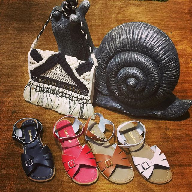 New Saltwaters in the shop, we love the classic buckle front detailing on this simple but elegant design.  #wearslikeiron #saltwaters #classicsandals #surfergirl #bagsthatfit #garythesnail #summer #summersandals #memorialdayweekend #shoestagram