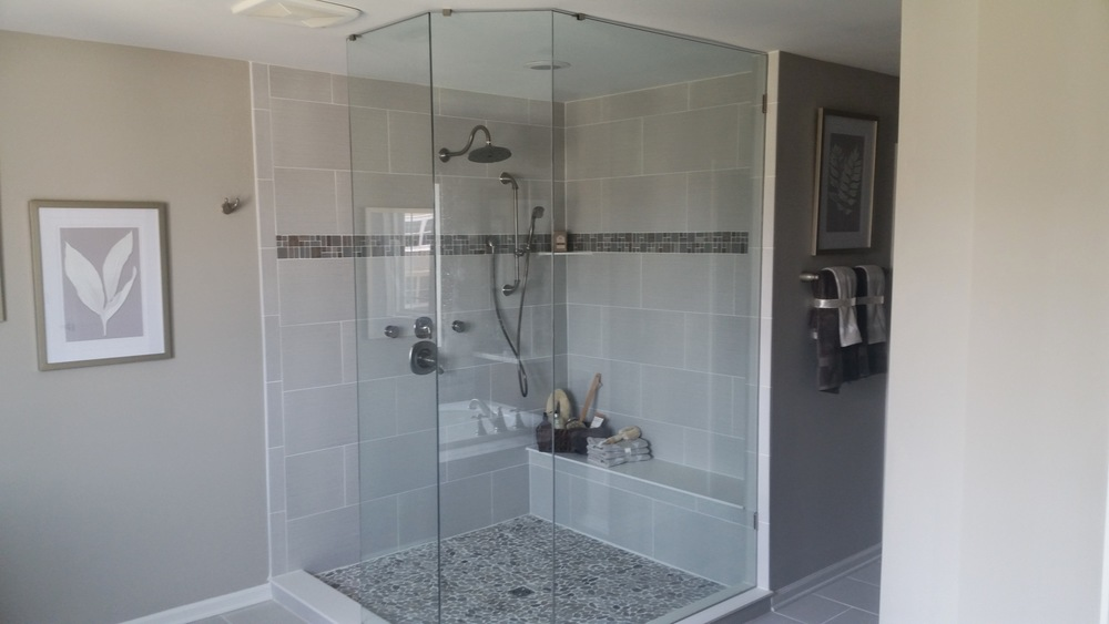 3/8'' Frameless Clear Glass Clip System - No Door