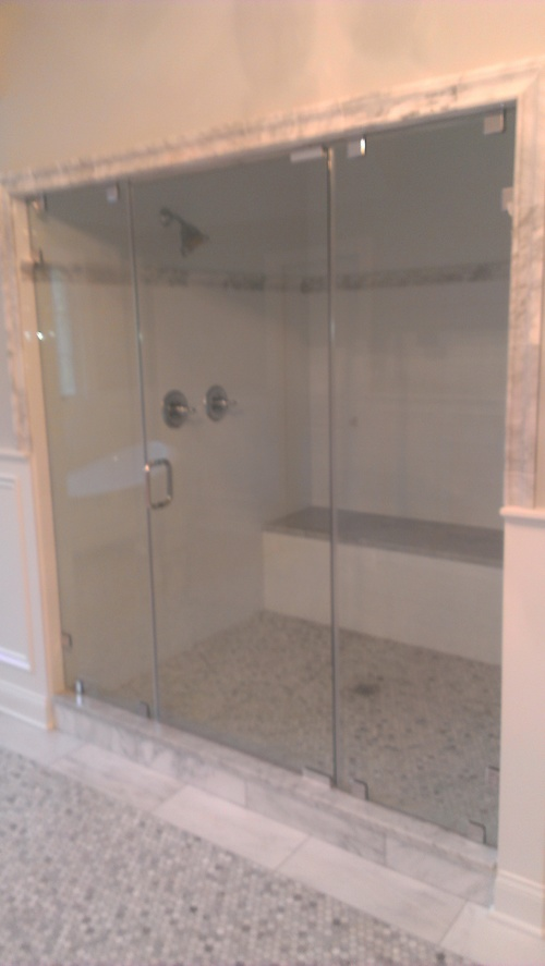 3/8'' Frameless Clear Glass Pivot Door w/ Inline Panels - Steam Unit w/ Clamp System