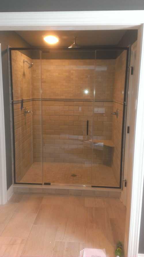 3/8'' Framelss Clear Glass Pivot Door w/ Inline Panels