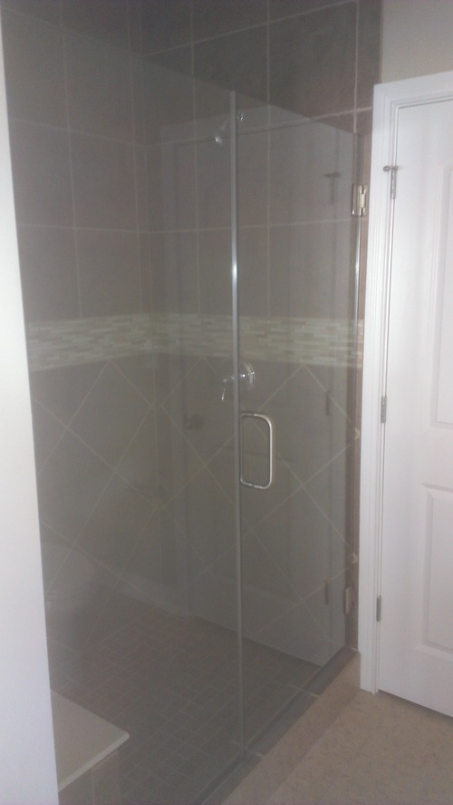 3/8'' Frameless Clear Glass Hinge Door w/ Inline Panel