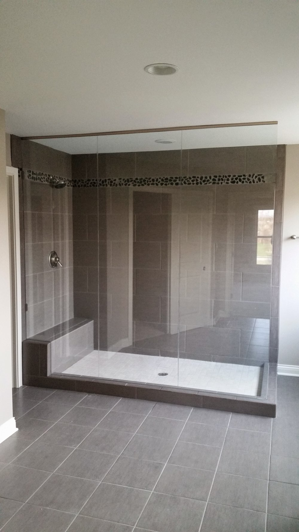 3/8'' Frameless Clear Glass Fixed Panels w/ U-Channel