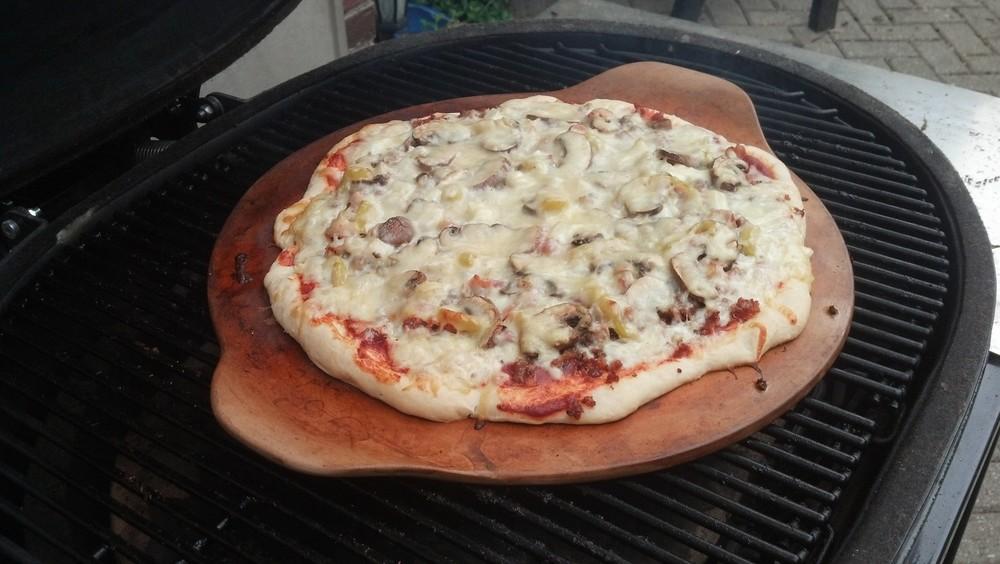 Mushroom+_+Banana+Pepper+Pizza.jpg