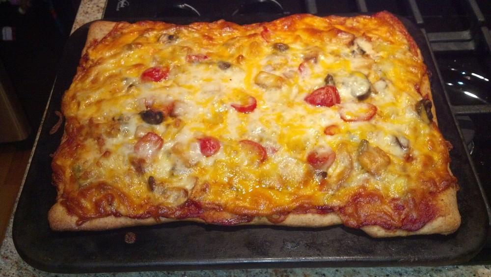 Mushroom+_+Tomato+Pizza.jpg